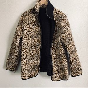 Vtg Reversible black cheetah print quilted jacket